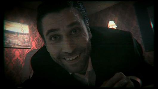 Les séquences vidéo sont de mauvais pastiches de Twin Peaks...