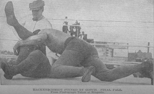 Le catch était un divertissement populaire, y compris en France, à la fin du 19e et au début du 20e siècle