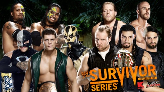 """Survivor Series, novembre 2013 : les """"gentils"""" sont à gauche, mais les quatre catcheurs les plus populaires de la photo sont à droite !"""