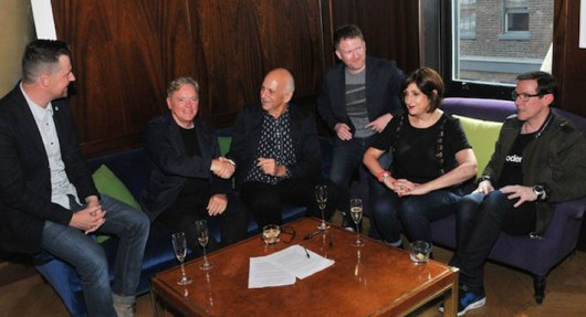 New Order signe avec Mute Records